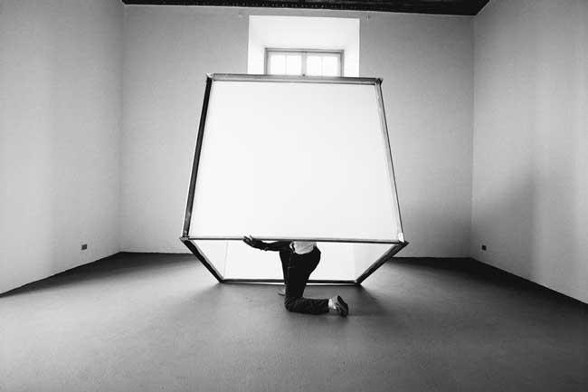 Luciano Fabro, In cubo, 1966.